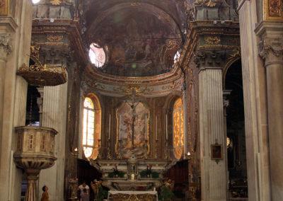 Genova,_s.m._maddalena,_interno_01