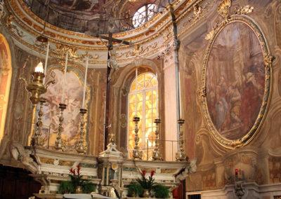 Genova,_s.m._maddalena,_interno,_presbiterio
